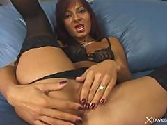 Mature Woman Fingering Sex