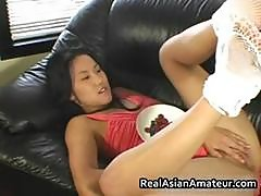 Asian Amateur Shows Pantyhose Part2