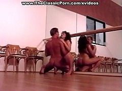 Deep retro fuck in the dance class
