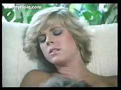 Paul Takes The Virginity Of Young Niece - Cherryhole.com
