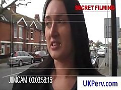 Brunette Uk Slut Meets A Stranger On The Street And Agrees To Show Her Assets