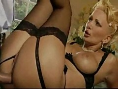 Italian mature aunty fucking very hardly with young guy